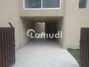 14 Marla Renovated House For Rent In Main Cantt