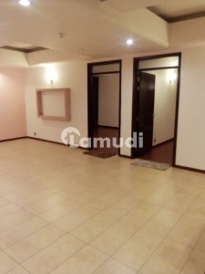 Three Bedroom Spacious Apartment 2100 Sq Feet Unfurnished For Sale In Silver Oaks Apartments F10 Islamabad