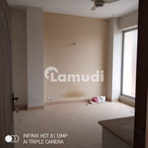 1 Bed Flat Tv Lounge Kitchen 420 Sq Ft Available For Rent
