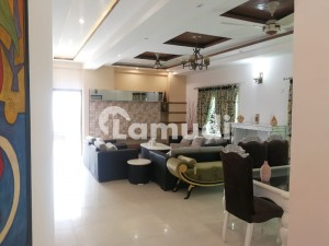 Pent House 3218 Sq Ft 3 Bed  Duplex With Best Quality Material Used In Askari Building sin Pakistan