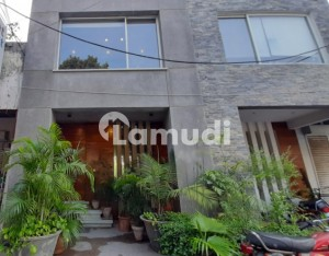 2 Marla Commercial Building Is Available For Sale In Block C Lahore