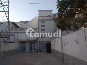 Double Storey Building With 17 Spacious Room And Very Big Parking