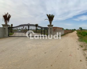 Lahore Greenz Farm House Available For Sale On Bedian Road In Lahore 35 Lac Per Kanal