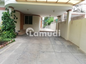 F 7 Nice House 5 Bed Room Available For Rent Front Open