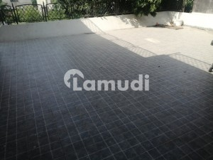 15000 Square Feet Factory For Rent On Multan Road