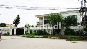 Beautifully Designed 30-Marla Triple Storey House Is Available For Rent In Gulistan Colony Rawalpindi