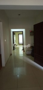 2 Bedrooms Apartment For Rent Well Maintain