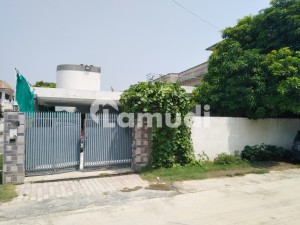 16.5 Marla Single Storey House Available For Sale In Wah Model Town Phase 1