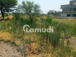 D12 4 Top Class Location Street No 142  70 Feet Road By 50 Ft Road Corner Plot Opposite Park Size 35x70 272 Yd Level Plot Prime Location Reasonable Price