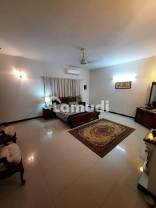One Kanal Brand New House Available For Sale In Wapda Town Lahore