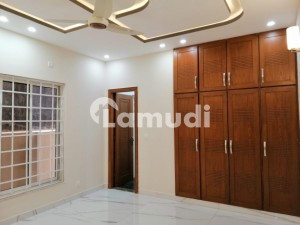 In Bahria Town Rawalpindi 2475  Square Feet House For Rent