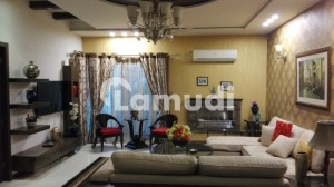 1 Kanal Excellent Super Bungalow For Sale In Dha Phase 4 Near Park