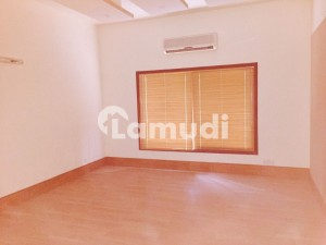 Cc122  1000 Sq Yards Bunglow Available For Rent On Main Tipu Sultan Road