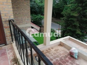 F 11 666 Sq Yard  Upper Portion 3 Bedrooms Separate Gate Marbled Rs 90000