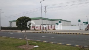 60000 To 80000 Sq Ft Warehouse On Rent For Big Storage At Industrial Zone Fiedmc On Canal Express Way Faisalabad