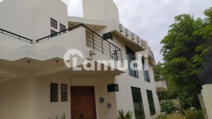333 + 333 Sq Yd Pair House For Sale