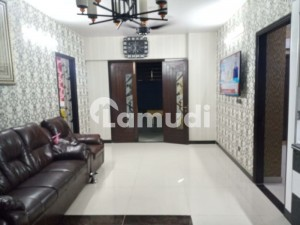 Flat Is Available For Sale In Jamshed Town