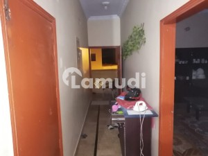 2ND FLOOR PORTION 140 YDS FOR RENT 2 BED DD GULSHAN BLOCK13D2 OPPOSITE ROYAL ICON RENT  RS 32000