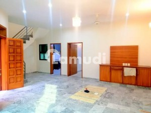 5 Marla Owner Build House For Sale In Wapda Town Phase 1 Lahore