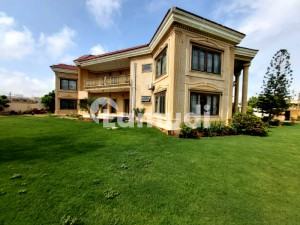 2000 Yards Bungalow Is Available For Rent