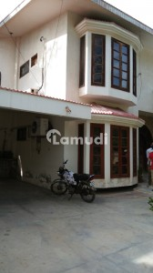 Bungalow  For Sale Cliftion Block 5