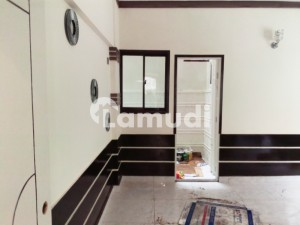 Naveed Bungalows And Cottage Lower Portion For Sale