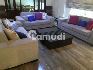 Luxurious Furnished An Independent Apartment Comprises 3 Master Bedrooms