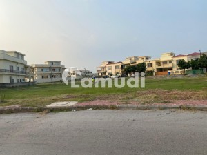 Bahria Enclave Sec A 13 Marla Possession Plot With All Charges Paid Available At Prime And Beautiful Location