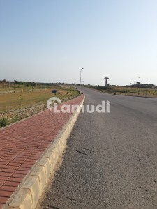 Bahria Orchard 5 Marla Corner Plot Available For Sale