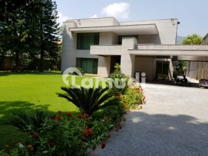 Luxurious House For Rent In F6