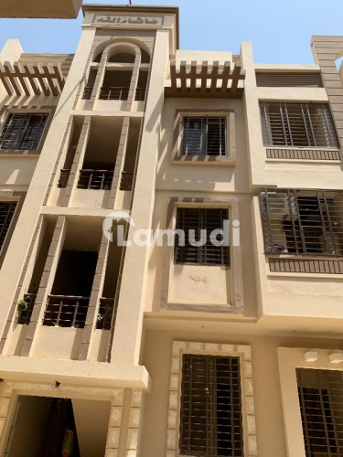 3 Beds Flat and Apartment for Sale in GulistaneJauhar Block